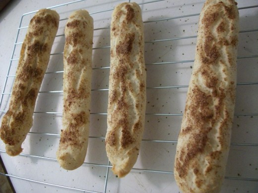 Transfer Your Cinnamon Breadsticks to a Wire Rack After They're Done
