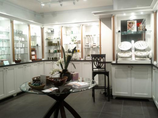 Sante Spa reception and showroom