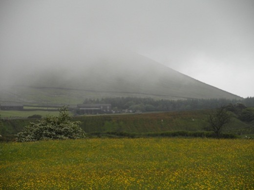 Pendle Big End with cloud coming down