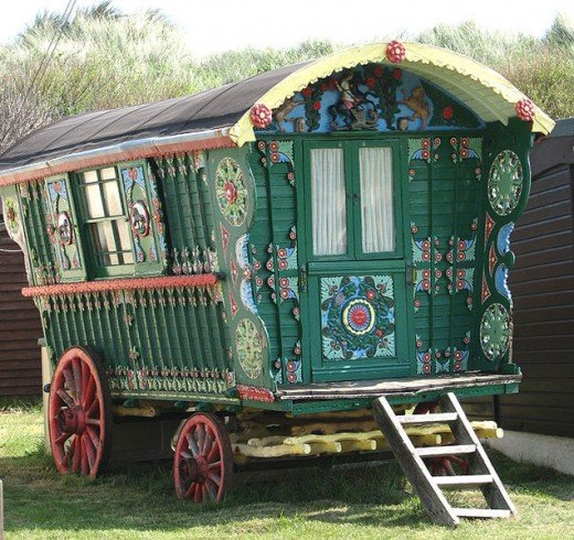 The copyright of this image of a Gypsy Caravan is owned by Evelyn Simak and is licensed for reuse under the Creative Commons Attribution-ShareAlike 2.0 license. The photograph was taken on May 14,2008.