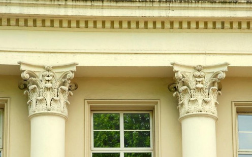 Corinthian columns, Belfast. Well decorated columns on no. 7 Upper Crescent