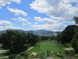Golfing in North Conway's White Mountain Valley.