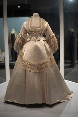 Just like today, many Victorian brides emulated wedding dresses worn by members of the royal family. In 1840 Queen Victoria had chosen cream satin and Honiton Lace for her wedding dress, providing an important boost to the Devon lacemaking industry.