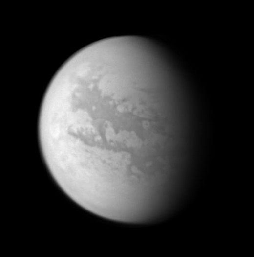 Infrared image of the surface of Titan reveals some of the detail normally obscured by the thick smog-like atmosphere