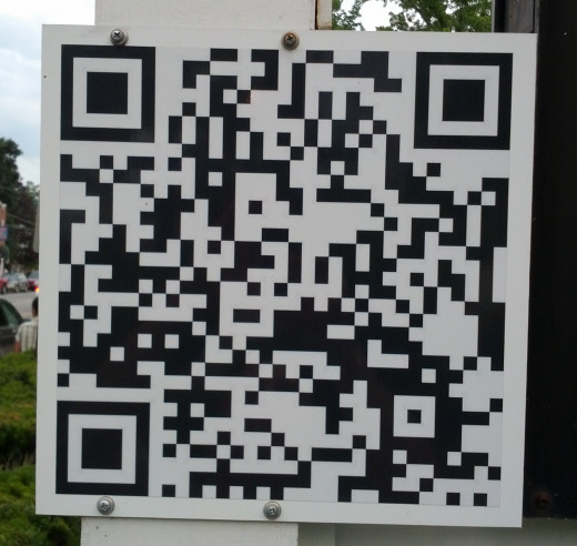Scan this QR Code on your smartphone to go to the Eastern Slope Inn Resort Website!