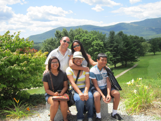 North Conway New Hampshire is one of the most beautiful places in New England to take your family on vacation!