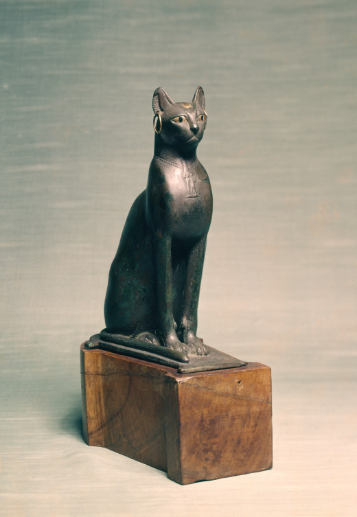 Cats were popular in Egypt and were associated with the goddess Bastet.  Circa between 664 and 350 BC (Late Period)
