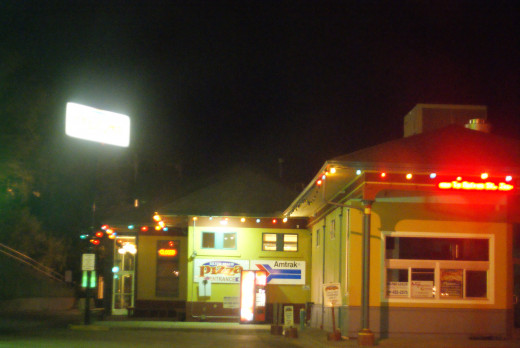 Silver Beach Pizza: the best pizza and infused vodka drinks in town.