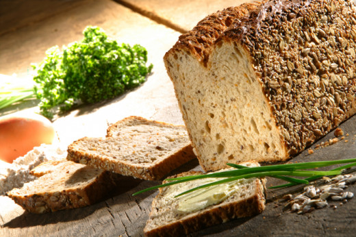Slight variations produce an easy herb bread recipe or easy cinnamon raisin bread recipe.