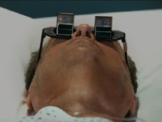 Jack Nicholson wearing angled prism glasses in the movie 'The Bucket List'.