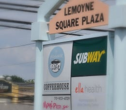 In the same plaza as a nail salon. Want a manicure or pedicure? The Playhouse will work with you to make it happen!