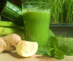 Fruit and vegetable juices for hot summer days - Lemony celery quencher