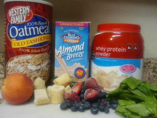 Rolled oats, spinach and almonds make any healthy breakfast a nutritional powerhouse.