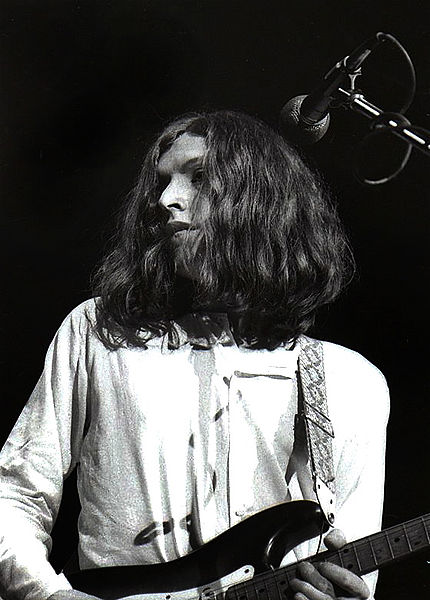 Clapton teamed up with superstar Steve Winwood (shown here performing with Traffic) to form Blind Faith in 1969.