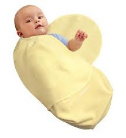 Should I Swaddle My Infant? The Pros and Cons of Baby Swaddling.