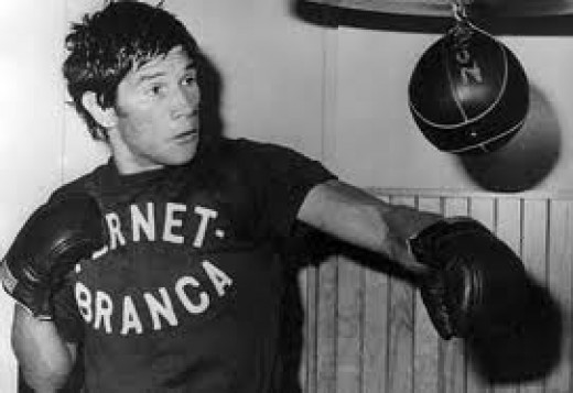 Carlos Monzon hits the speed bag during training to defend his 160 pound championship.