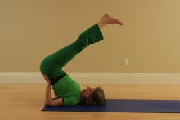 Modified Shoulder Stand reverses the effect of gravity, tones the thyroid gland at the base of the neck, strengthens the immune system, and relaxes the heart.