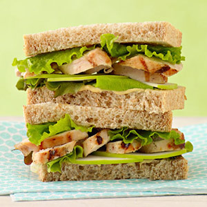 Chicken sandwich on wheat toast