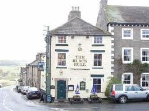 Black Bull Hotel to the left on the way into Middleham from Bedale or Masham, just one of a number of fine hotels in this North Yorkshire market town