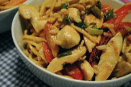 Here's a delightfully delicious recipe for Chow Mein Chicken that is so delicious and tasty.