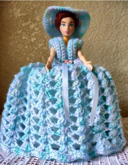 Free Knitting Pattern For Tissue Holder : Toilet Roll Doll: Restore and Repurpose Dolls