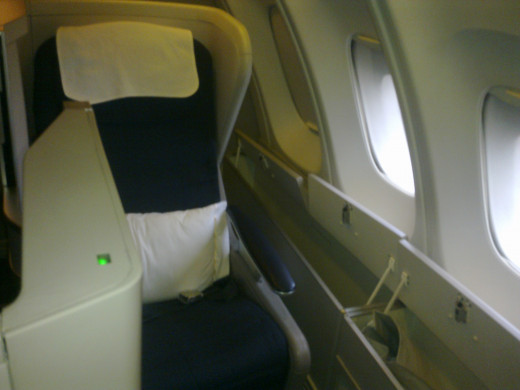 Window seat face backwards in BA's longhaul business class cabins