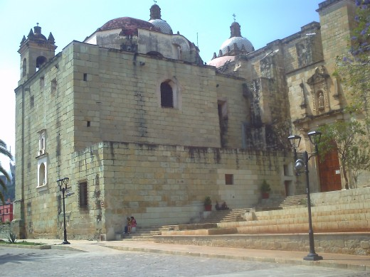 A view of the Santo Domingo monastery from behind.