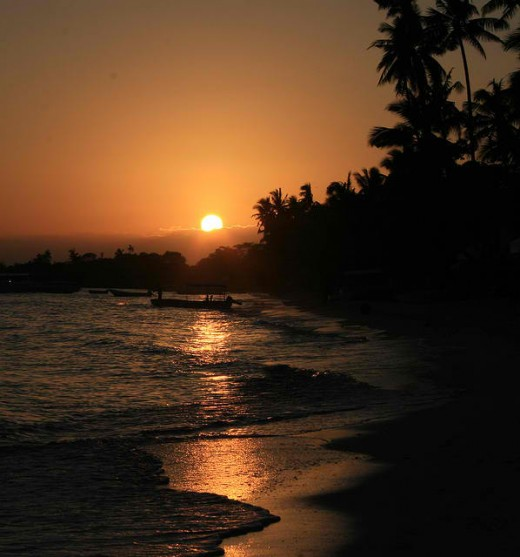 Beautiful Bohol Sunset (image with attribution license)