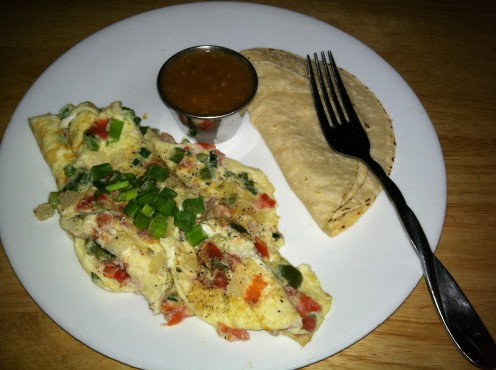 Here is a great breakfast I prepared recently!  Egg white omelette with pico de gallo, green onions, tomatillo chile and hot corn tortillas!