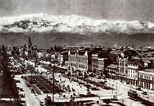 Santiago in the early 1940s.
