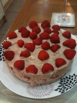The Most Amazing Chocolate Toblerone and Strawberry Cheesecake Recipe
