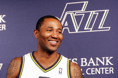 Mo Williams is back where it all started in the first place.  He looks to be a top 20 fantasy point guard in his Utah redux.