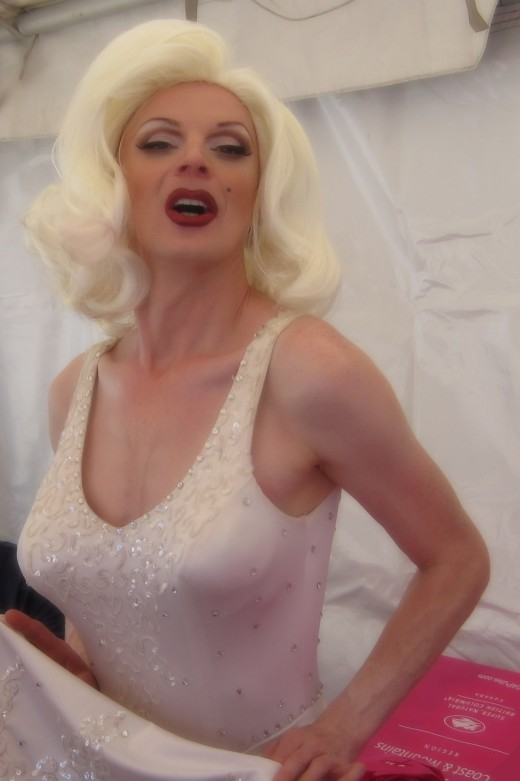 A chance meeting with a Marilyn Monroe Impersonator