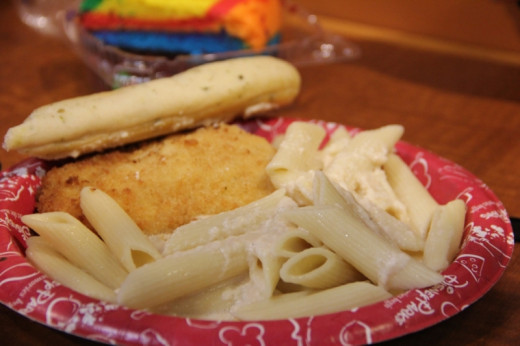Even the food court food is really good. I love the chicken and pasta at Pop Century.