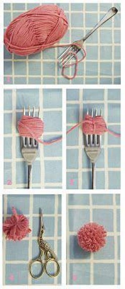 How to Make Mini Pom Poms