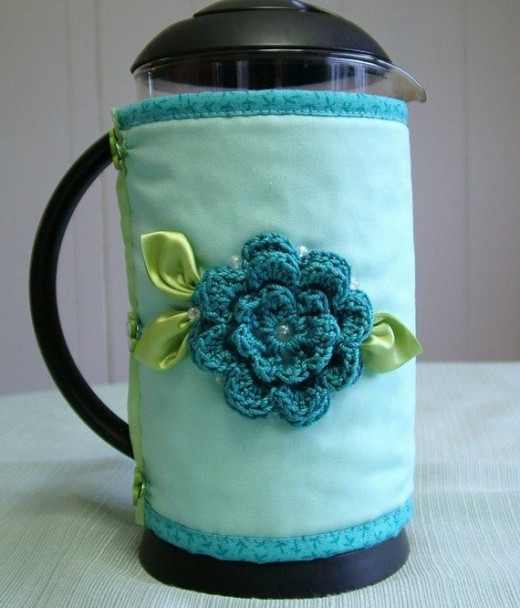This is the coffee pot cozie I bought from Sunny Decor on Etsy.