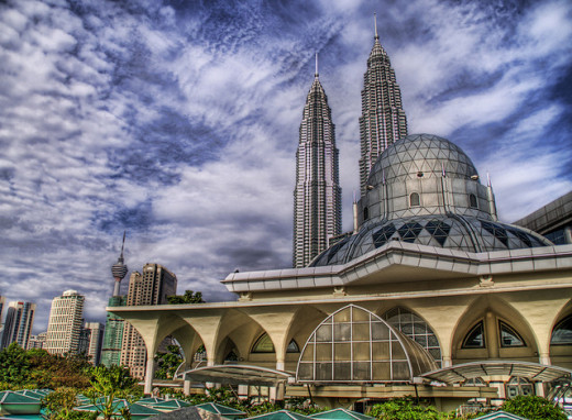 The KLCC mosque is the where the muslims around the city centre get together for their Friday prayer.