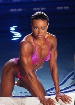 IFBB Fitness Pro-Lisa Lowe