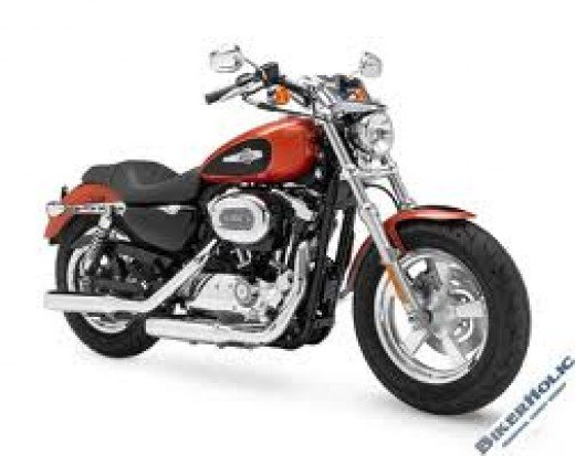 Harley XL 1200cc, the new 'un. For bikers the dream starts here!