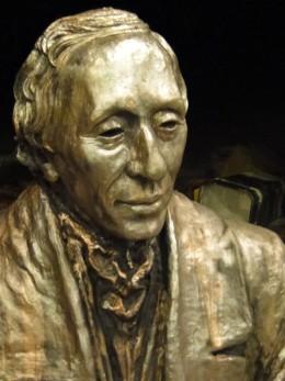 The sculpture of Hans Christian Andersen