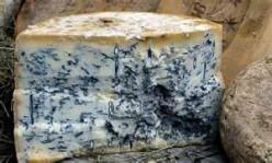 Homemade Bleu Cheese Salad Dressing
