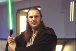 Jedi Knight Quigon Jin with Light Saber