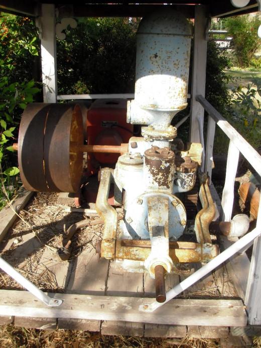 Goulds Power Pump, ca 1900