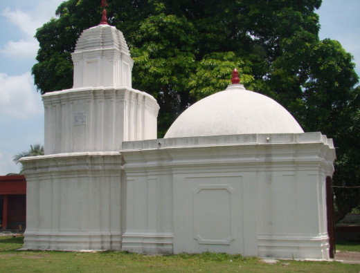 The Double-storied main temple with a single turret on top. In front is the dome shaped Jagmohan