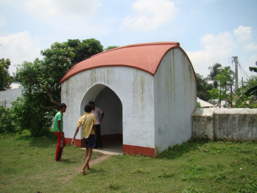 The Ekbangla gate