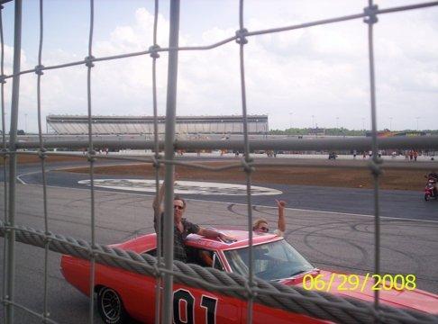 Tom Wopat , John Schneider & The General Lee (DukeFest 2008 at Atlanta Motor Speedway)