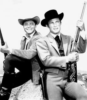 Ross Martin as Artemus Gordon and Robert Conrad as James West, circa 1965