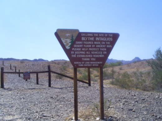 Sign to the Blythe Intaglios