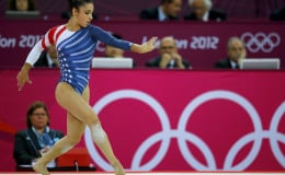 Aly Raisman does floor exercise to the Hebrew song Hava Nagila.