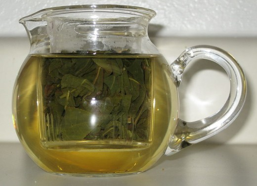 Pot of loose leaf oolong tea